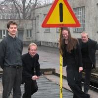 Linea: Mikko Ikäheimo (guitar), O-P Tuomisalo (saxophone), Hanna Kinnunen (flute), Aki Virtanen (percussion)